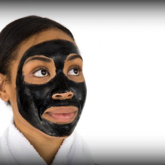 maseczka czarna koreańska, wągry, zaskórniki, pielęgnacja twarzy, kosmetyki naturalne, przepisy, diy, jak kobiety z różnych stron świata dbają o urodę, rytuały piękna