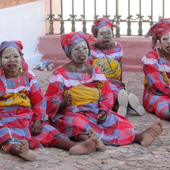 Mussiro, kosmetyki naturalne, afryka, mozambik, Wielka Księga Kosmetyków Naturalnych. Rytuały piękna i sekretne receptury z różnych stron świata