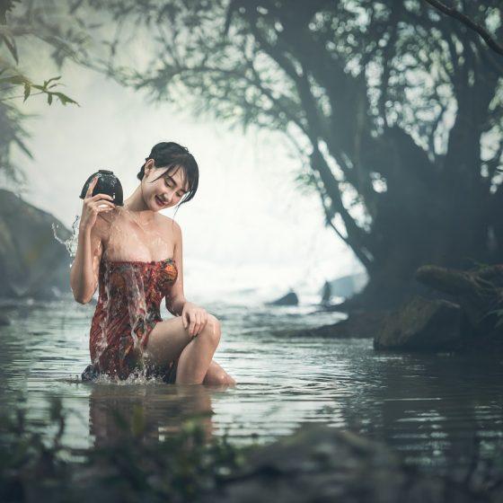 przepisy na domowe kosmetyki naturalne, azjatyckie kosmetyki, tajskie kosmetyki, kąpiel, jak kobiety z różnych stron świata dbają o urodę, rytuały piękna