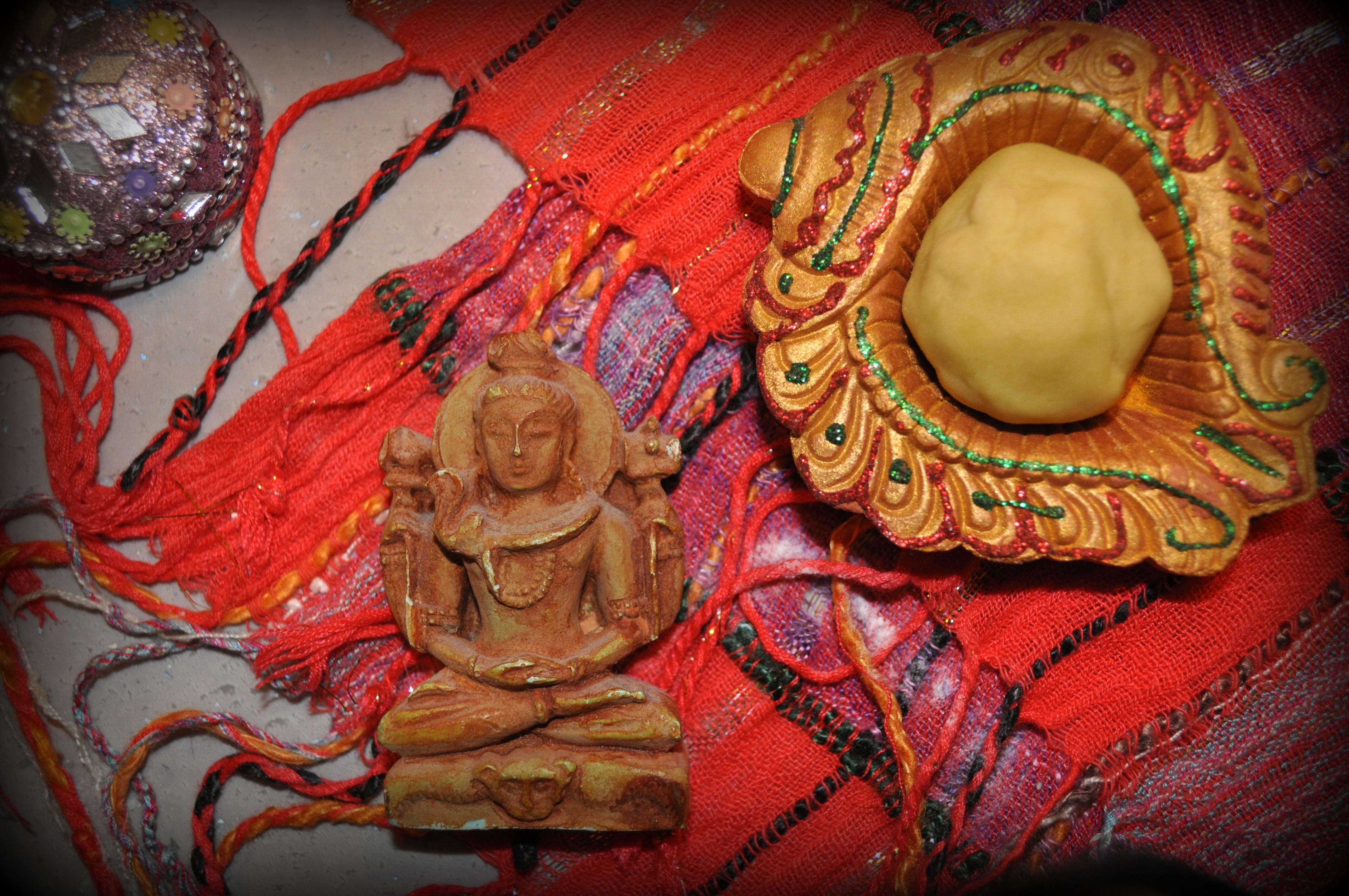Indyjski peeling dla noworodka, naturalne kosmetyki, przepisy, szampon, mydło, jak kobiety z różnych stron świata dbają o urodę (Fot. Marta El Marakchi © All rights reserved)